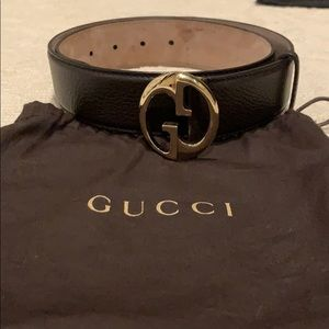 Brown Gucci belt in amazing condition!!